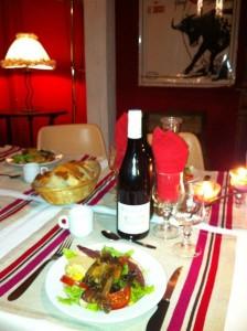A table, repas Gascon
